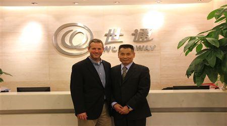 全美龙8娱乐官网手机版律师协会EB-5委员会主席访问世贸通