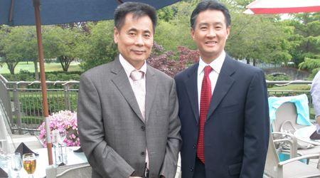 世贸通集团董事长Winner xing博士与奥林匹亚市华裔市长马树经先生