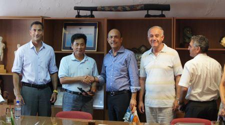 世贸通集团董事长受到塞浦路斯拉纳卡市长的盛情欢迎