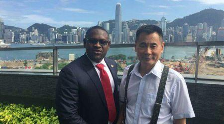 安提瓜大使会晤世贸通集团董事长Winner Xing博士
